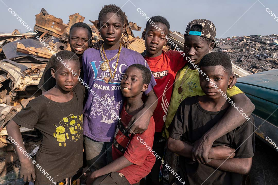 Child labour in Ghana: Photo of children engaged in hazardous child labour in Ghana. Copyright © 2020 Muntaka Chasant