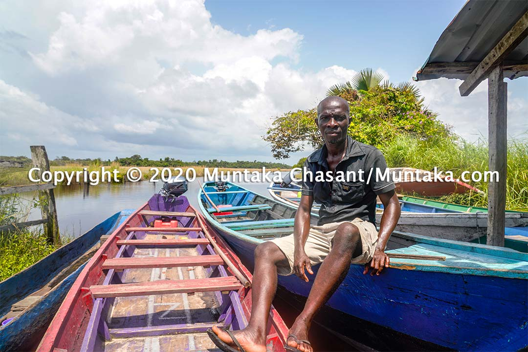 James Adeabah is 40 years old and works as a motorboat rider at the Nzulezo stilt settlement in Ghana. His work is badly affected by the coronavirus pandemic. Copyright © 2020 Muntaka Chasant